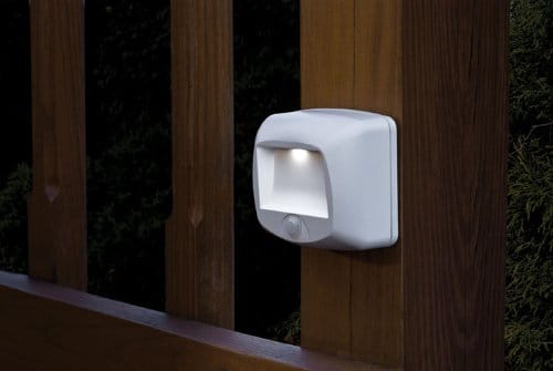 mr-beams-mb532-wireless-battery-operated-indoor-or-outdoor-motion-sensing-led